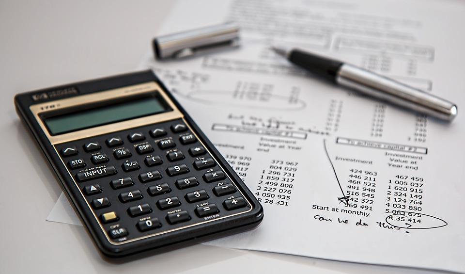 Налог на недвижимость: как рассчитать и на чем сэкономить
